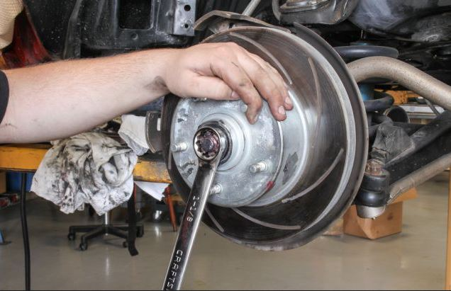 how much does it cost to get wheel bearings replaced